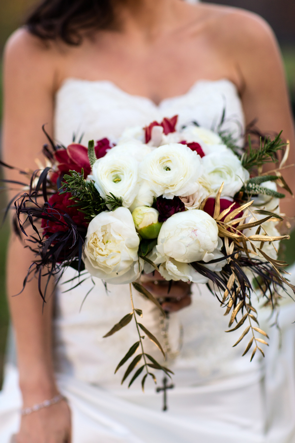 fall- winter wedding bouquet by ivie joy