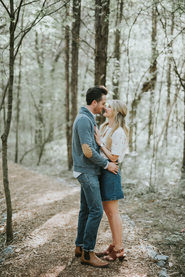 rustic-tennesee-engagement-shoot-1