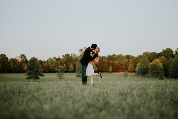 rustic-tennesee-engagement-shoot-14