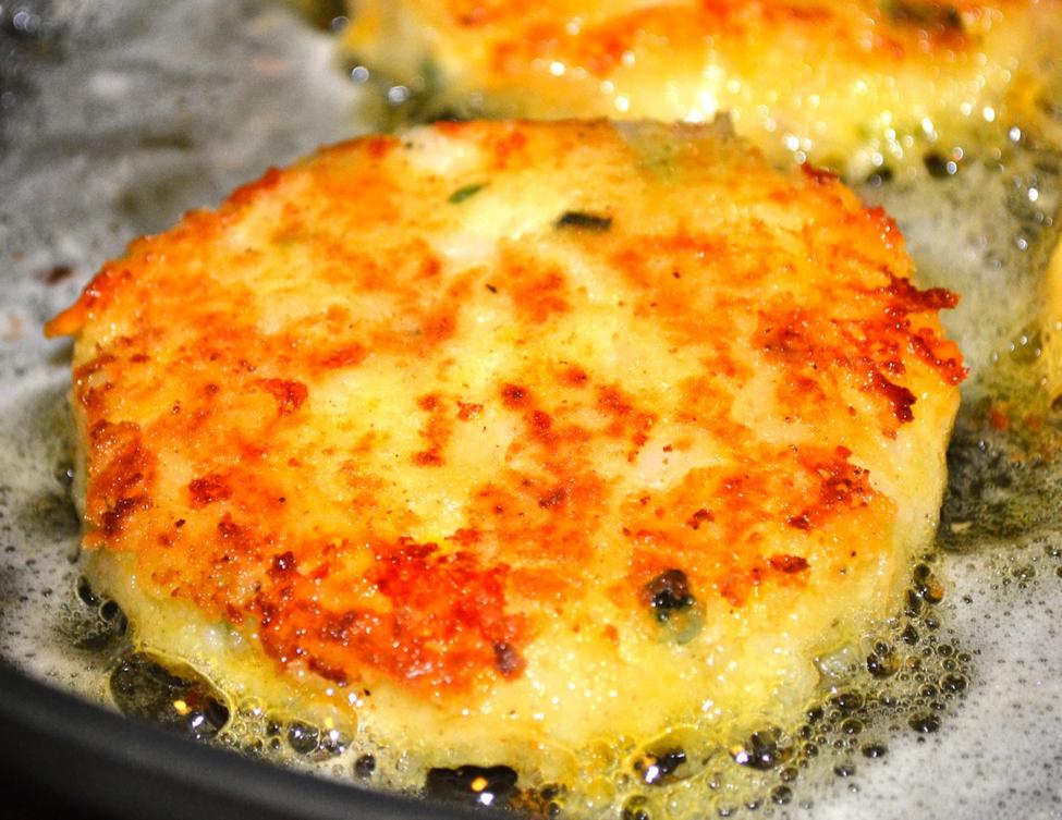2-cheesy-mashed-potato-pancake