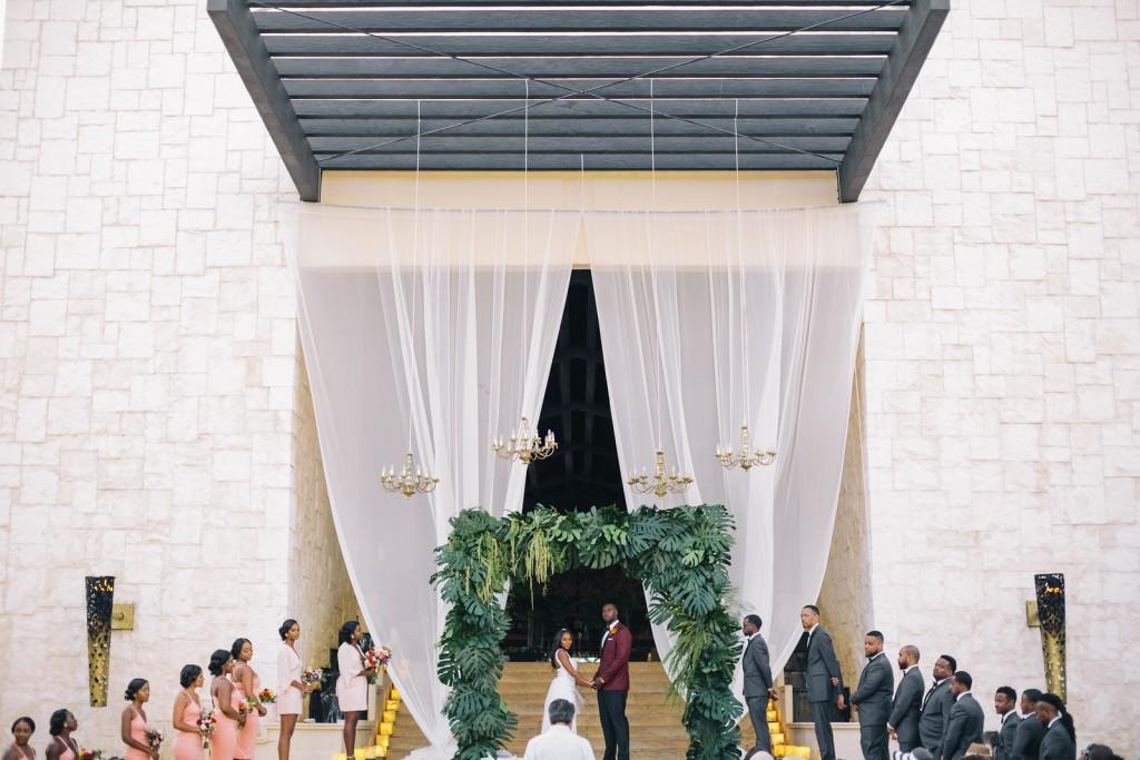 destination-wedding-at-the-dreams-riviera-cancun-16