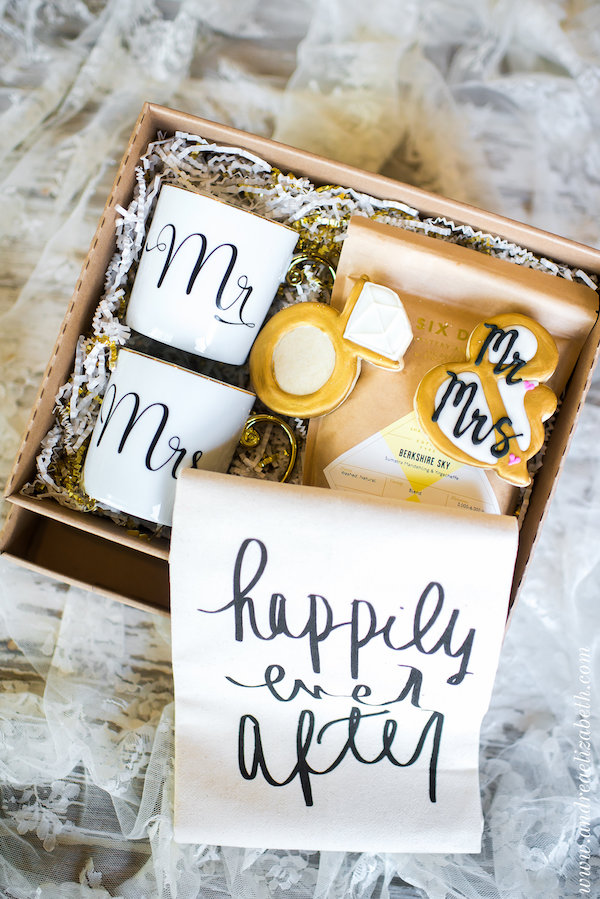 custom wedding gifts by pretty perfect packages