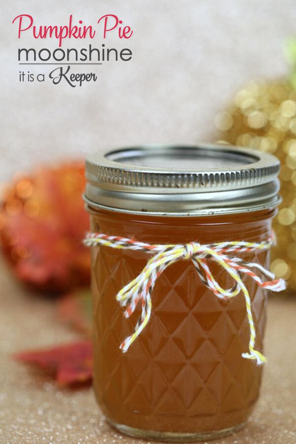 pumpkin-pie-moonshine-thanksgiving-cocktail