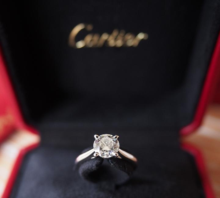 cartier-solitaire-engagement-ring