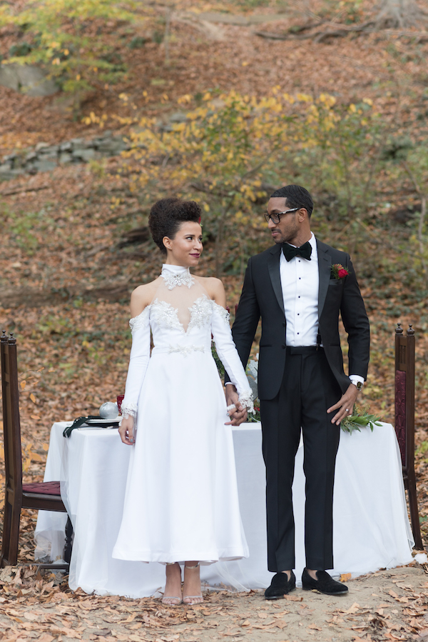 holiday-styled-elopement-shoot