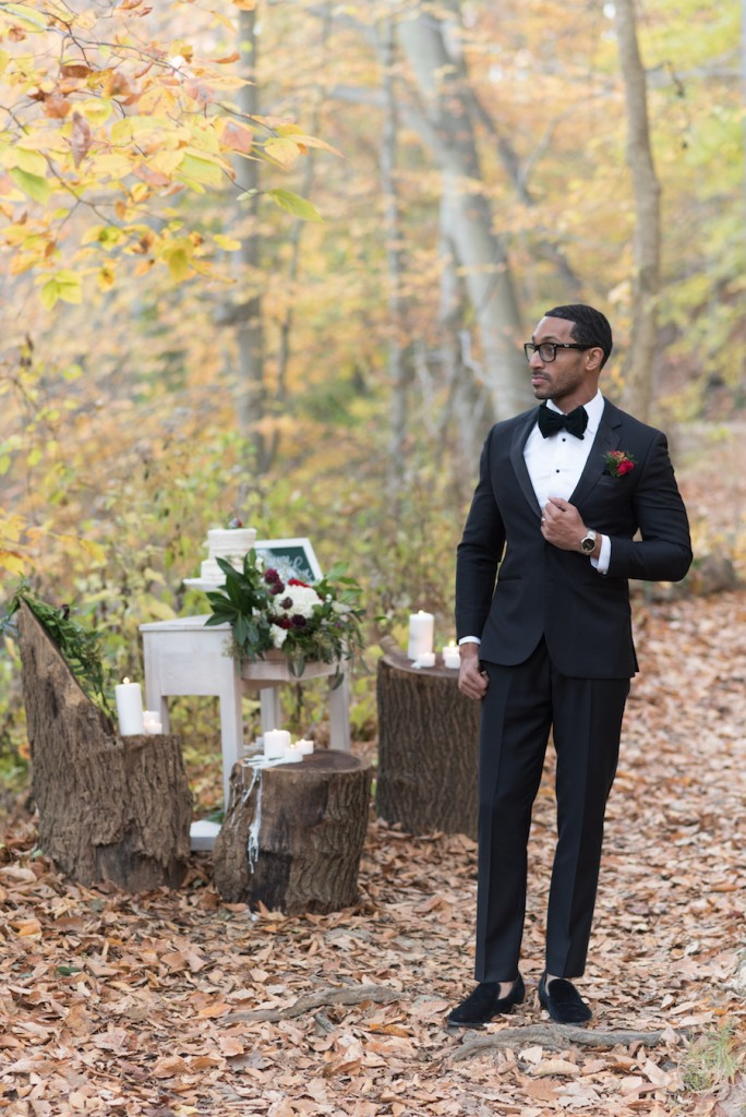 holiday-wedding-elopement-in-the-woods-11