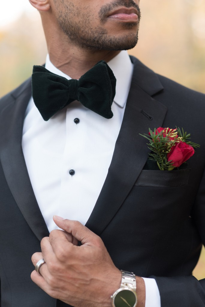 holiday-wedding-elopement-in-the-woods-12