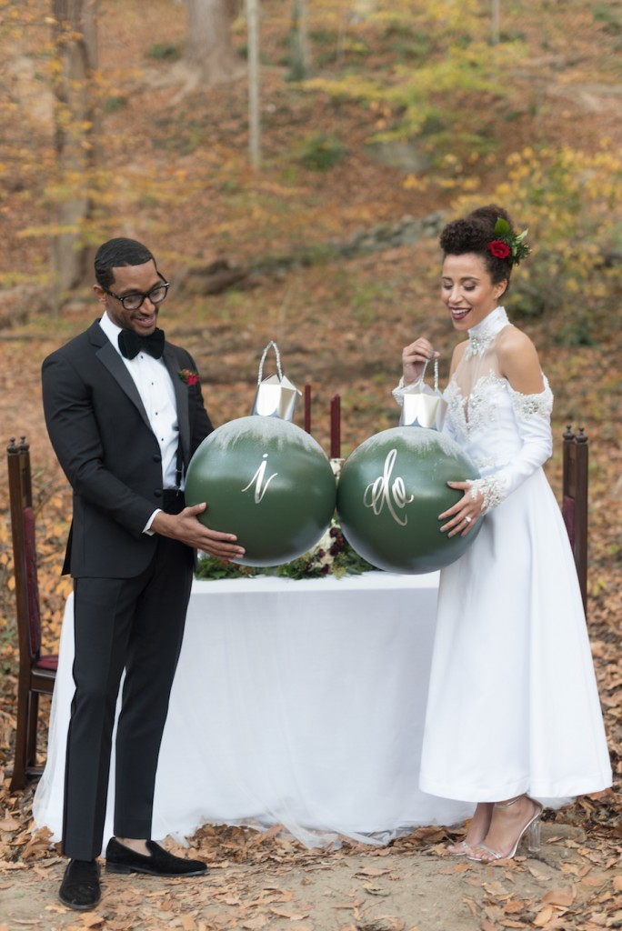 holiday-wedding-elopement-in-the-woods-8
