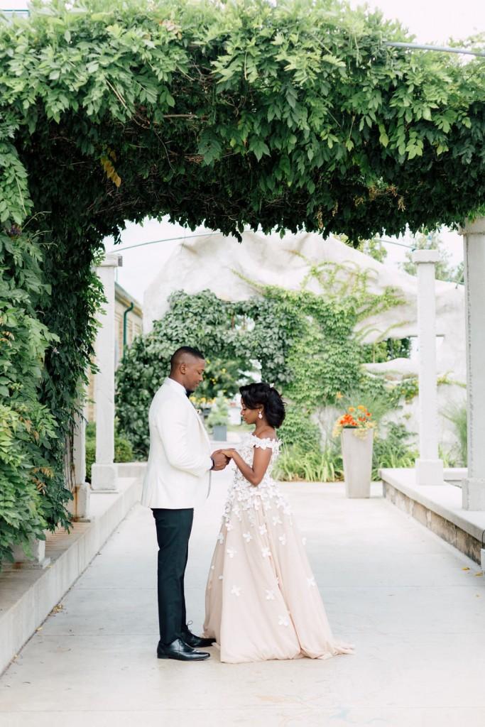 outdoor-canadian-villa-wedding-13