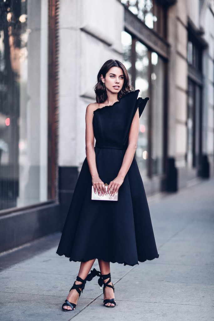 black-tie-holiday-wedding-guest-outfit