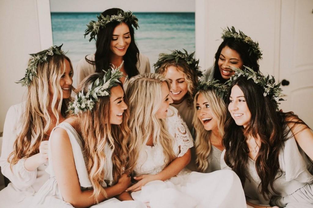greenery-crown-bridesmaids