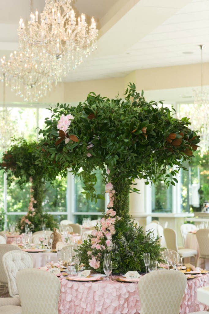 tall-greenery-centerpieces