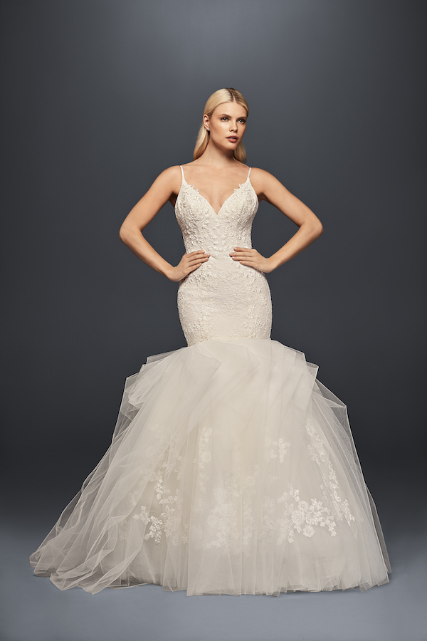 Luxury How To Choose Suitable Petite Wedding Dresses
