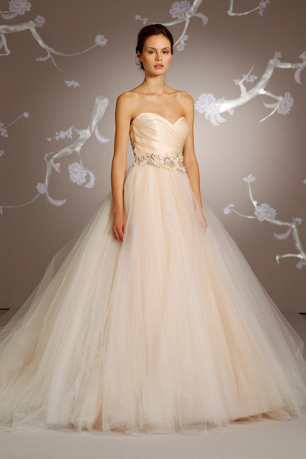 15 Luxury Wedding Gowns Under 5000 Perfete