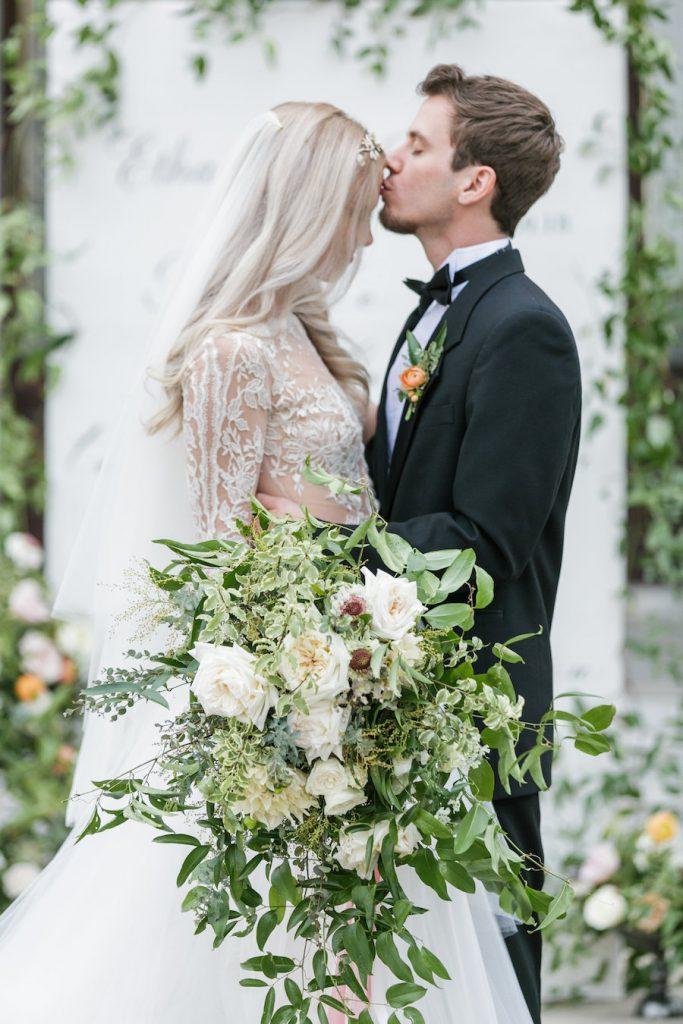 Elegant southern wedding inspiration-greenery bouquet