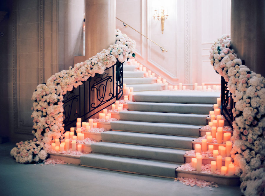 15 Pretty Perfect Floral Staircase Decor Perfete