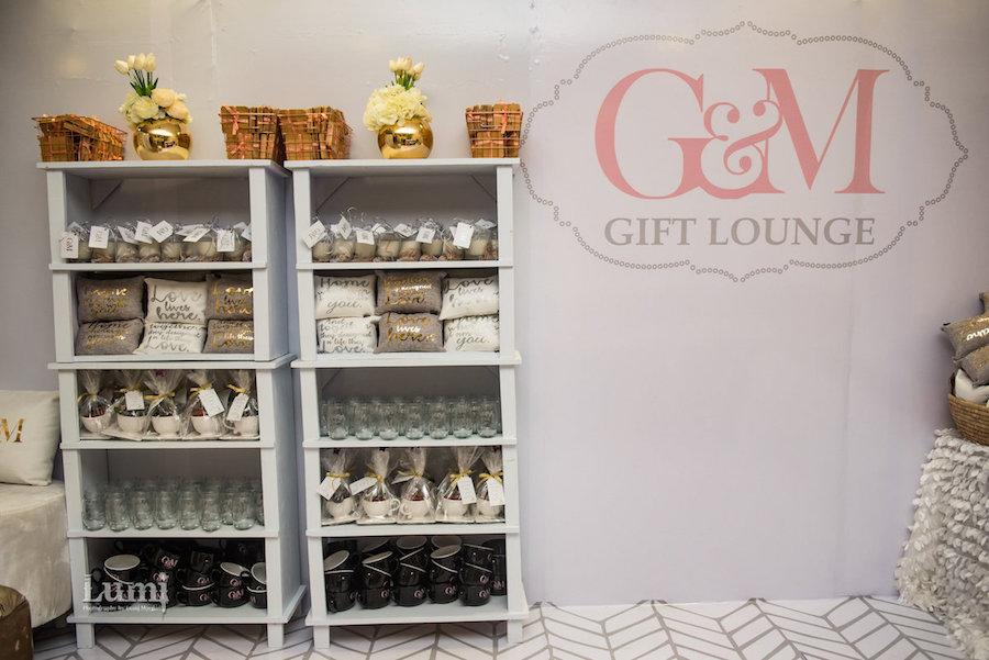 wedding favor gift lounge