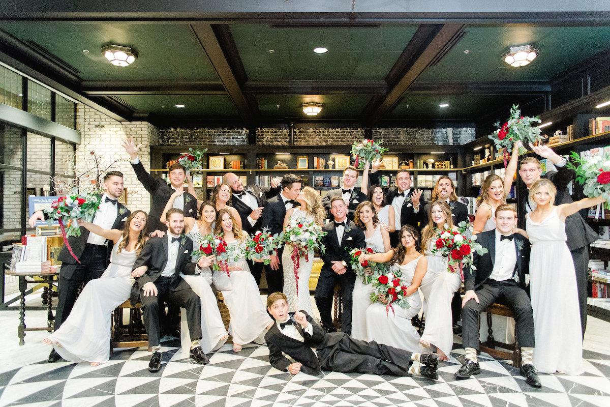 Oxford Exchange Wedding.Glamorous Burgundy Wedding At The Oxford Exchange Perfete
