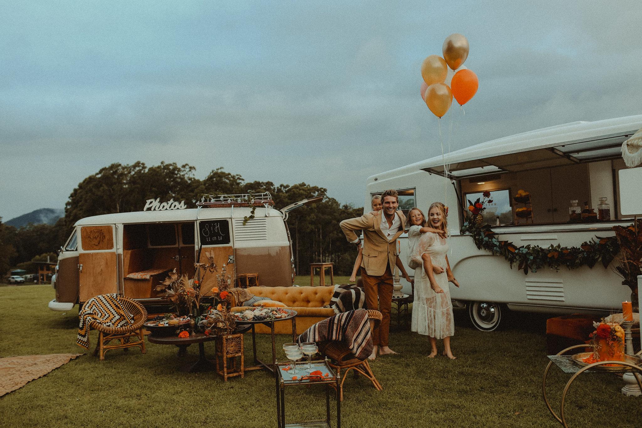 wedding reception trend: vintage mobile bars