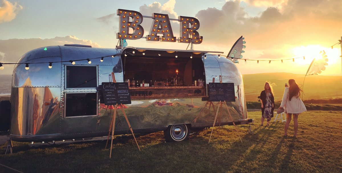 trendy wedding accessory: the mobile bar (and 10 ideas to inspire your search for the perfete mobile bar for your wedding reception)