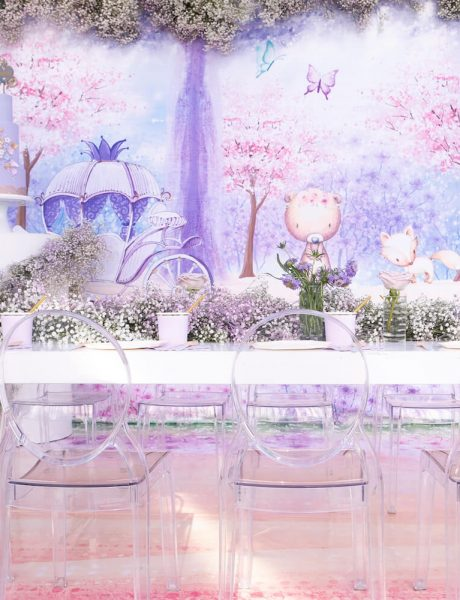 Fairytale 1st birthday party with purple and violet details 15